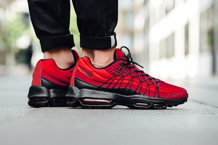 nike air max 95 schwarz and red
