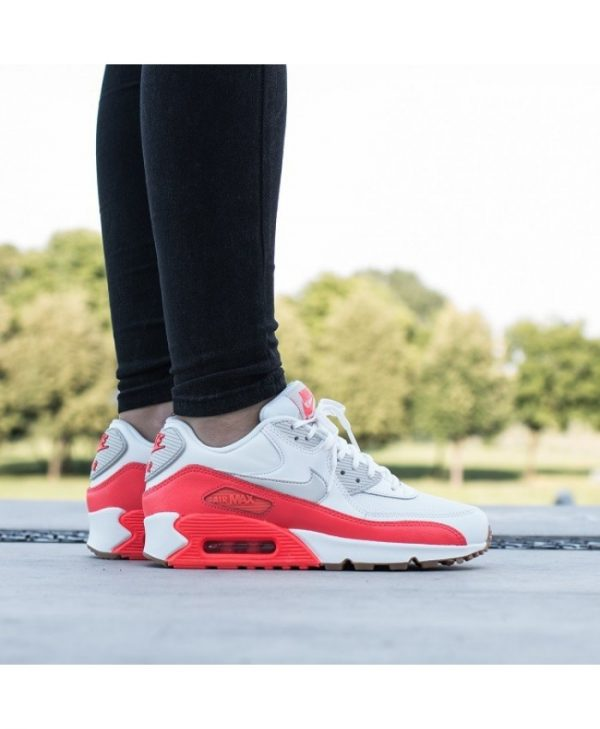 Nike Air Max 90 Wesentliche Rot Weiß Damen Trainer UK Räumungs