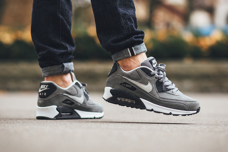 nike air max 90 leather white uk